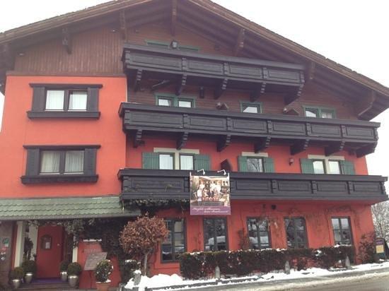Bruckenwirt: Außenfassade des Hotels