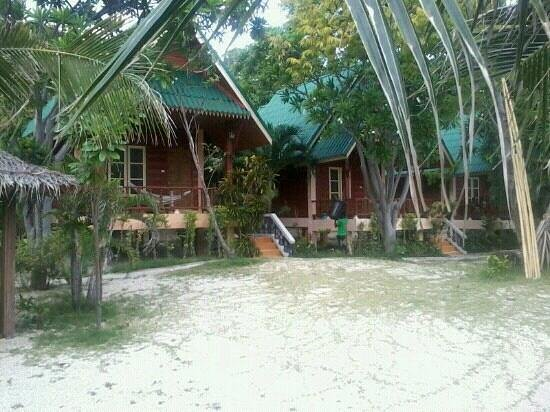 Haad Son Resort & Restaurant: may 2013