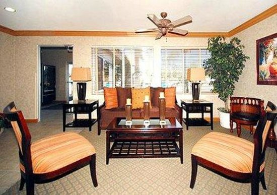 Quality Suites Otay Mesa: Lobby