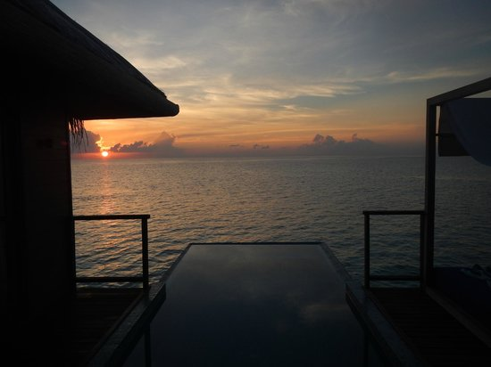 Coco Bodu Hithi: View from our terrasse