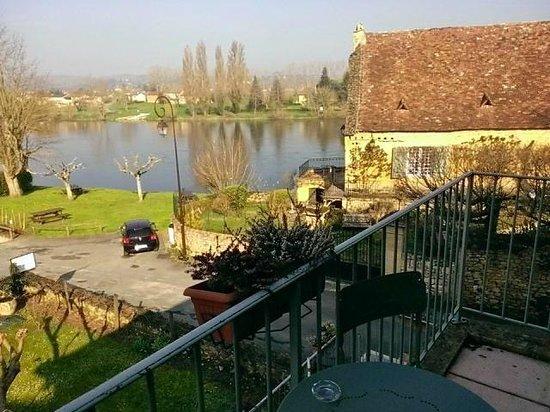 Hotel Cote Rivage : El Dordogne desde eel balcón de la habitación