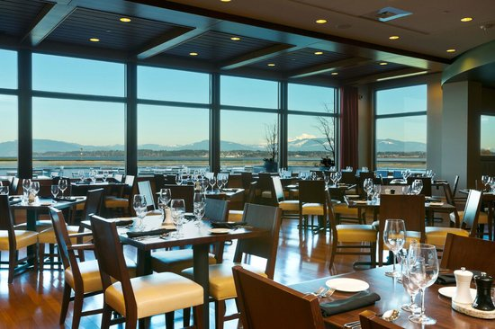 13moons Dining Picture Of 13moons Restaurant Anacortes Tripadvisor