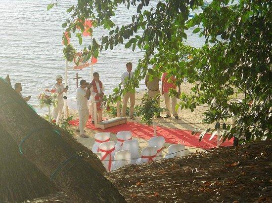 Easy Diving and Beach Resort: matrimonio sulla spiaggia