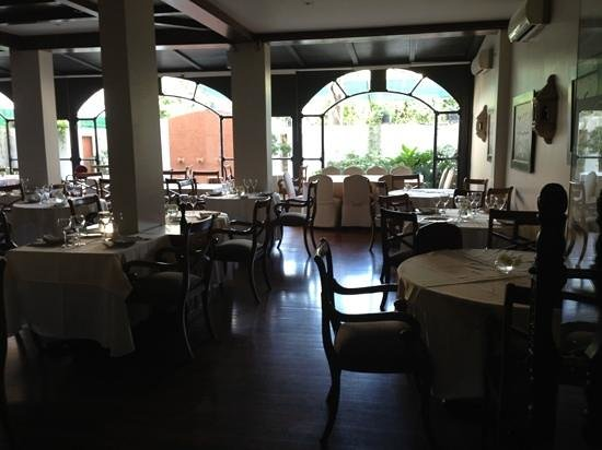 Restaurante Don Salvador: la paella tenía un vidrio