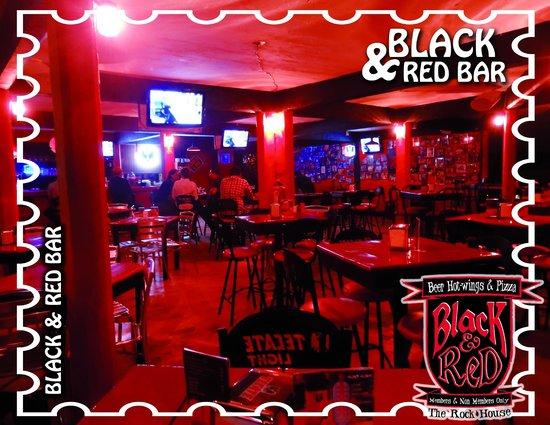Black and Red Bar: El mejor bar de Puerto Vallarta