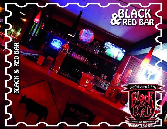 Black and Red Bar: Un lugar obligado si vienes a Puerto Vallarta