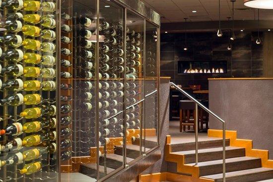Sheraton Denver West Hotel: La Cave Restaurant