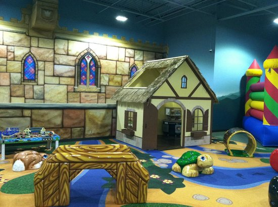 Mountain Play Lodge: Toddler Area Includes: Foam Sculptures, Thomas Train, Bouncer and PlayHouse
