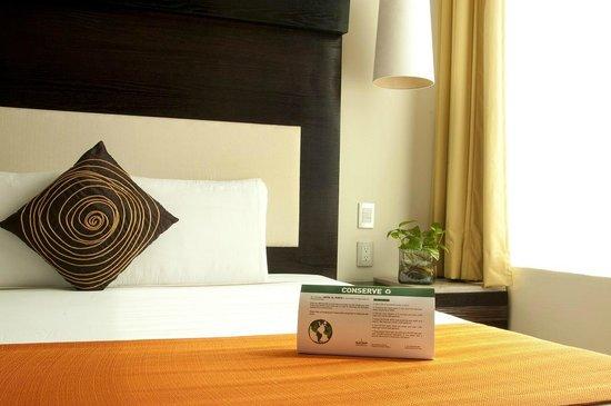 Hotel El Punto: Room Details
