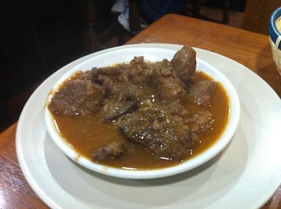 Bar Can Manolo: estofado de ciervo 3,25€