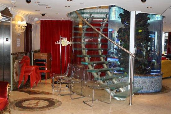 Flatiron Hotel: Lobby Area