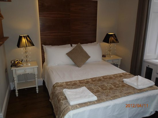 Arosfa Hotel : Double bedroom