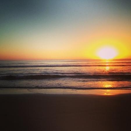 Discovery Parks - Pambula Beach: Sunrise at the beach