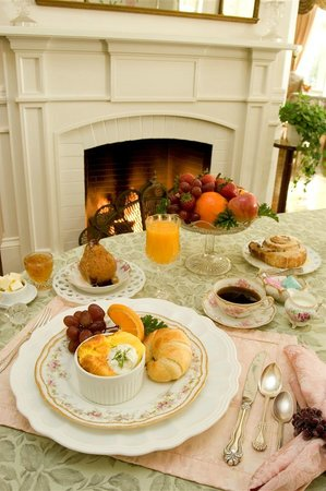 The Bissell House Bed & Breakfast : Breakfast