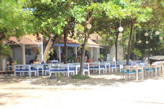 Sand Beach Club & Restaurant: sand