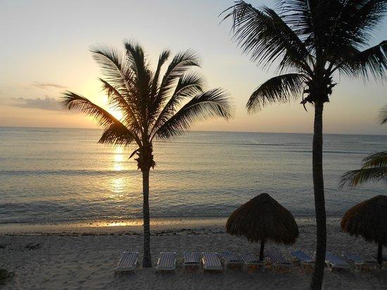 Playa Blanca Condominiums : Vue du balcon