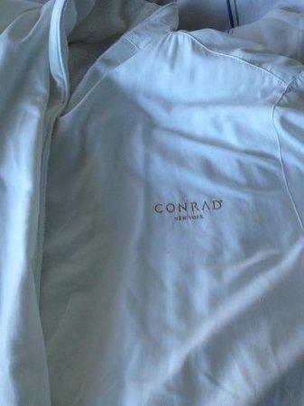 Conrad New York: this robe was AMAZINGLY COMFY