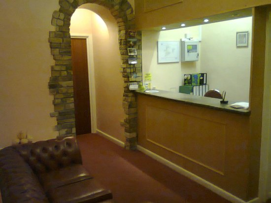 Ashley Rise Hotel: reception