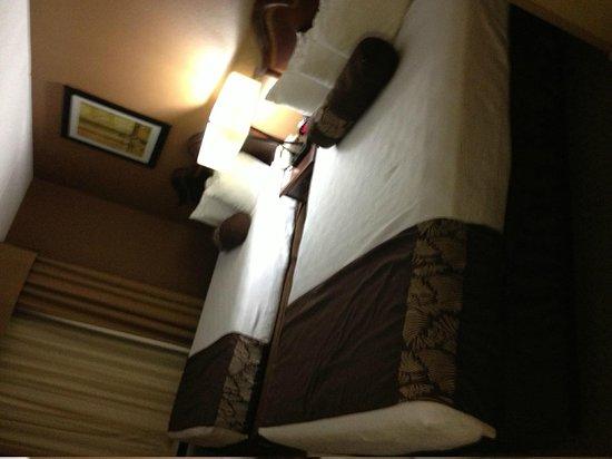 Best Western Plus Greensboro/Coliseum Area : beds