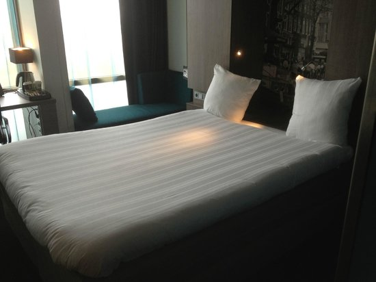 Ramada Apollo Amsterdam Centre: Room 2