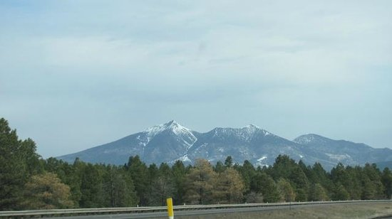 San Francisco Peaks: Peaks coming into Flagstaff