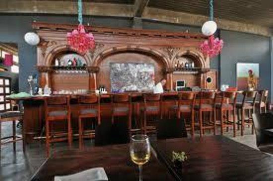 Manzanilla: Bar