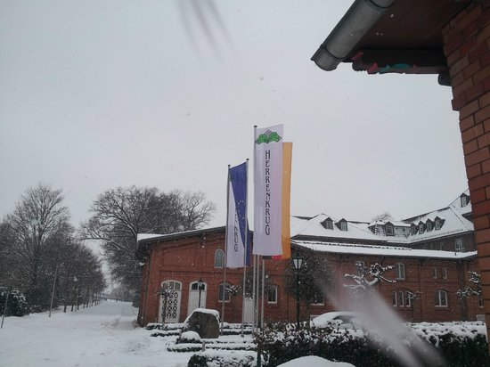 Dorint Herrenkrug Parkhotel Magdeburg: Вас встречает самый лучший отель Магдебурга