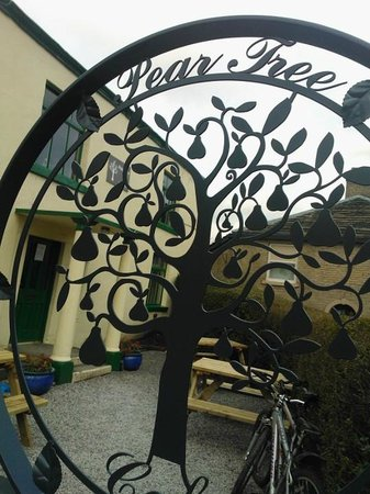 Pear Tree Cafe - welcome!