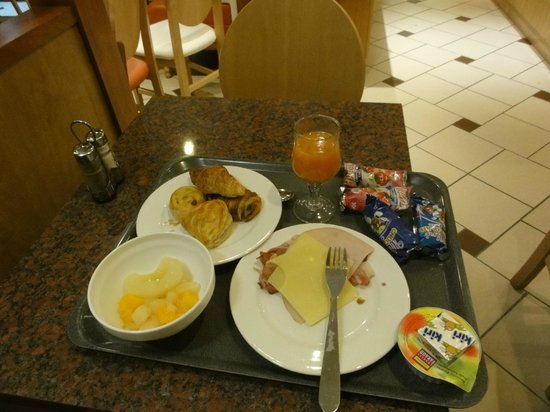 Comfort Hotel Airport CDG: 朝食