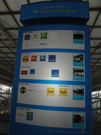 Comfort Hotel Airport CDG: 無料バス乗り場