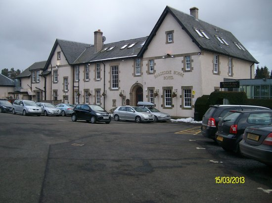 Best Western Balgeddie House Hotel: view from car park