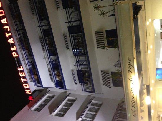 Hotel Platjador: Fachada del hotel