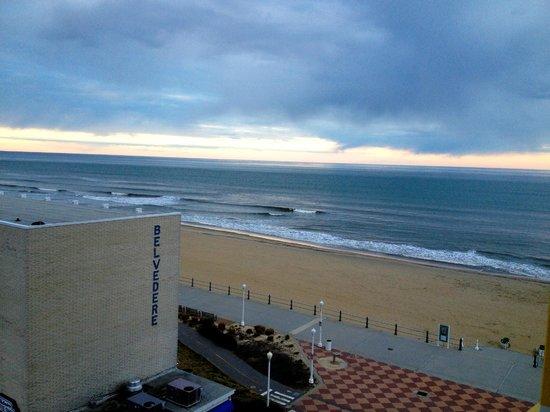 Sheraton Virginia Beach Oceanfront Hotel Partial Ocean View Room