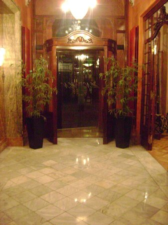 Nouvel Hotel: lobby