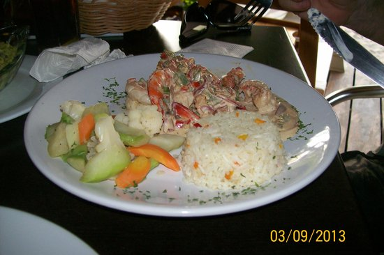 Chuuk Kay Restaurant Bar and Grill: delish drunken shrimp