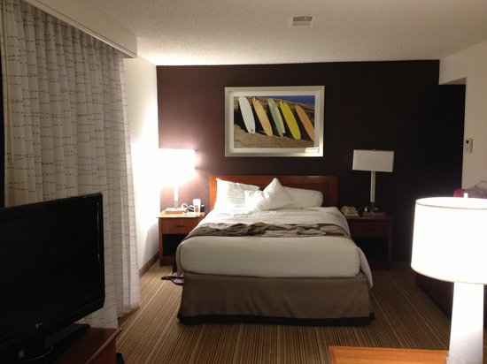 Residence Inn Los Angeles LAX/Manhattan Beach: Queen Bed