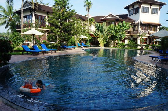 Hoi An Riverside Resort & Spa: Clearest pool I have ever seen
