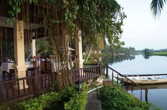 Hoi An Riverside Resort & Spa: View from restaraunt