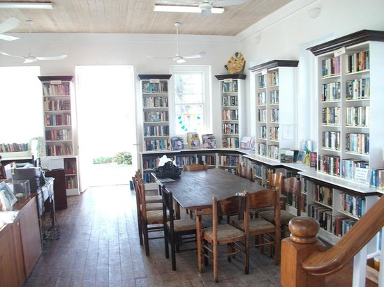 Haynes Library: First Floor