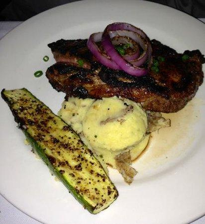 Cafe 123 : Ribeye, potatoes, and zucchini...amazing!!!