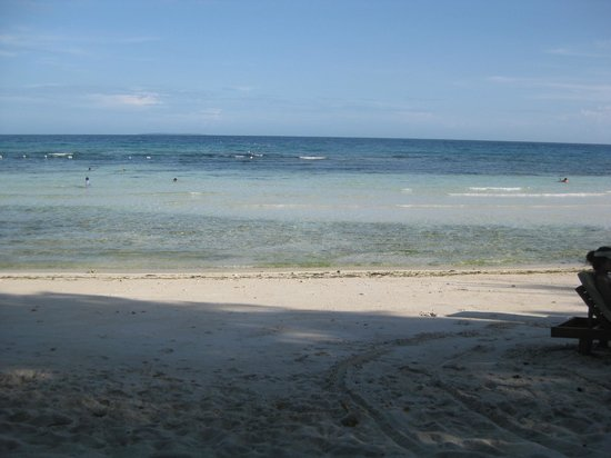 The beach of Amarela Resort