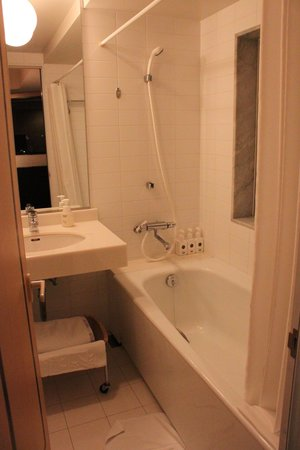 Small but clean bathroom picture of jr tower hotel nikko for 9 bathroom cleaning problems solved