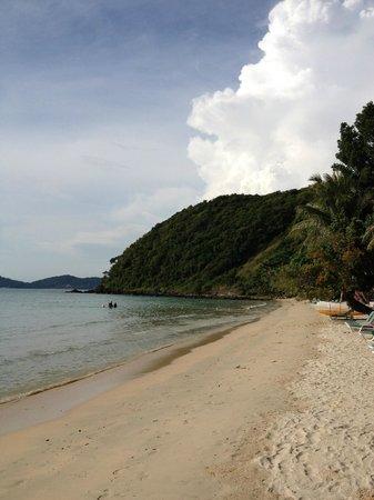 Ao Prao Resort: beach