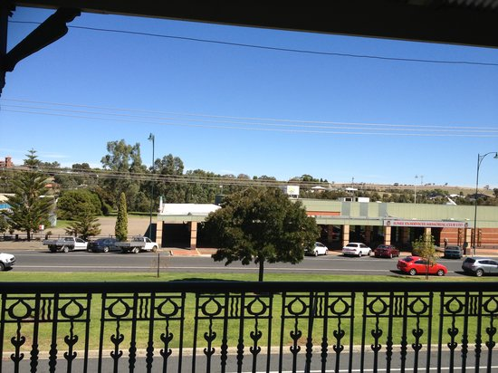 Junee Hotel : View from the balcony