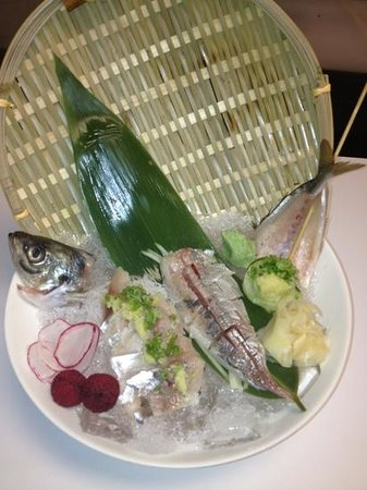 Maguro Sushi & Steak House: aji jack fish