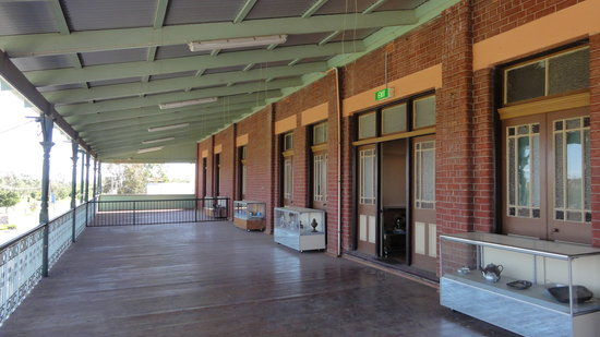 Junee, Australia: The balcony