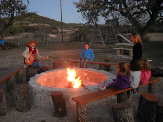 Dixie Dude Ranch: la country autour du feu