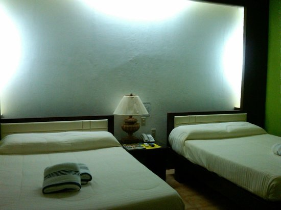 San Remigio Beach Club Hotel : The room