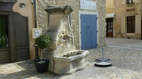 Pernes-les-Fontaines, France: a great morning out, seeking out the 40 fountains. collect a map which shows them all from the t