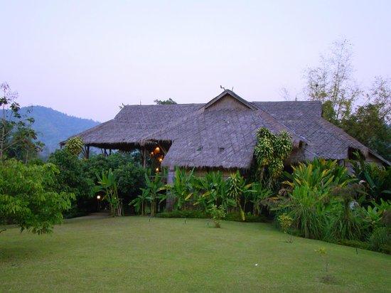 Lisu Lodge: toit de notre bungalow